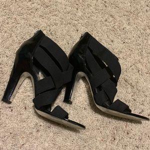 Black | Zipper Back Heels